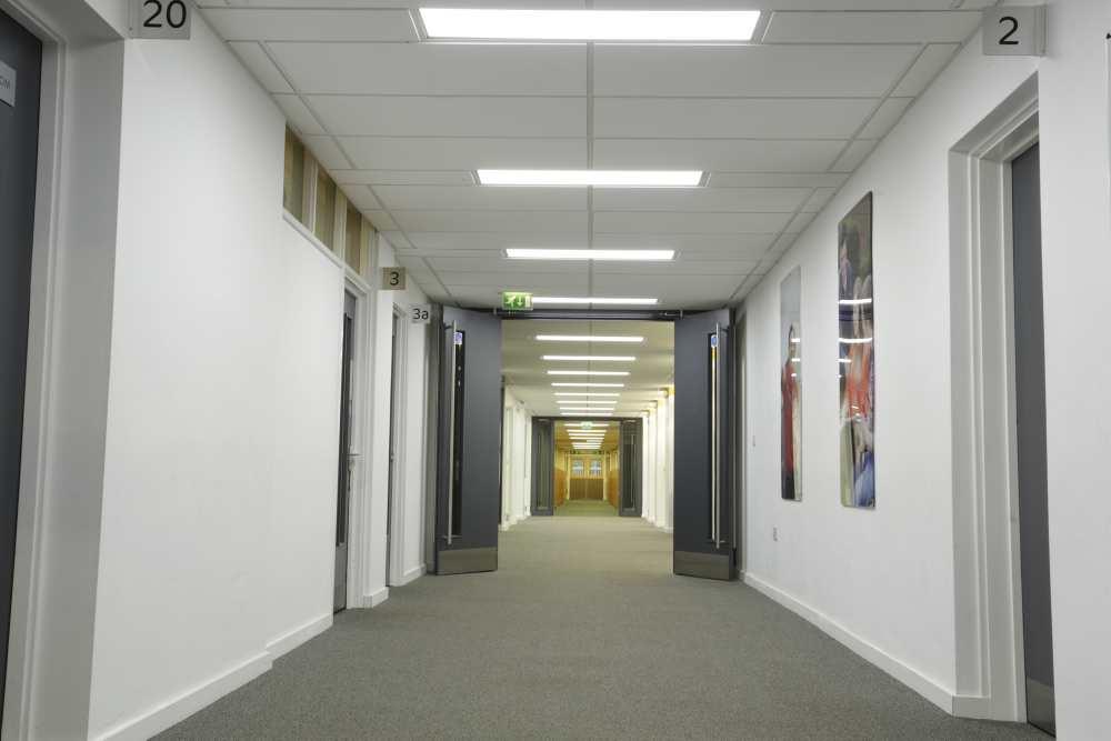 Franlkin Courtyard Building Corridor - Jembuild
